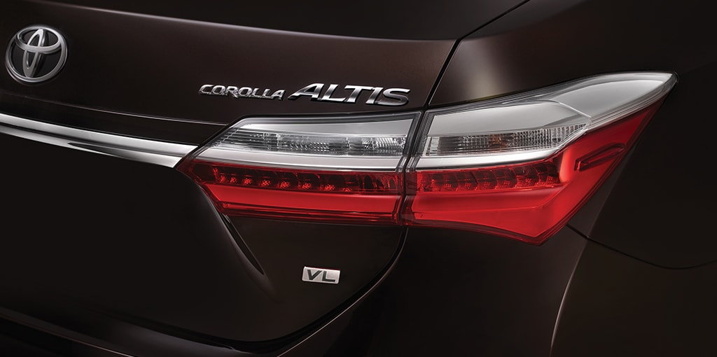 Toyota Corolla Altis facelift taillamp