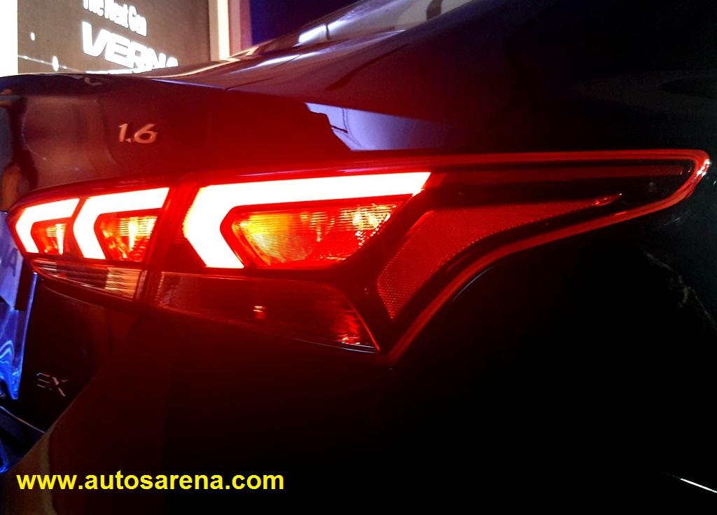 2017 Hyundai Verna (24)