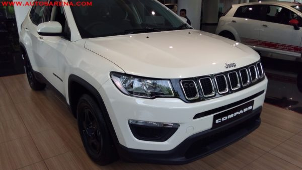 jeep compass sport base variant images. Black Bedroom Furniture Sets. Home Design Ideas