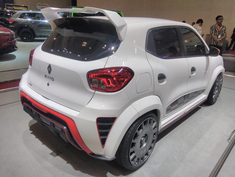 Renault Kwid Extreme Concept Showcased At Giias 2017