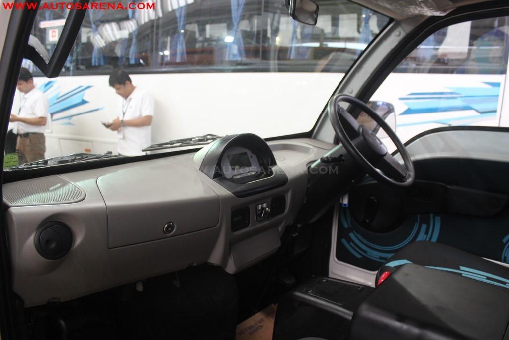 Tata Motors Magic Electric Interior dashboard with 5 inch LCD screen