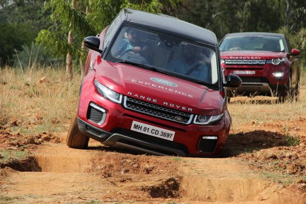 Land Rover Off Road Drive Experience For Customers In Kolkata