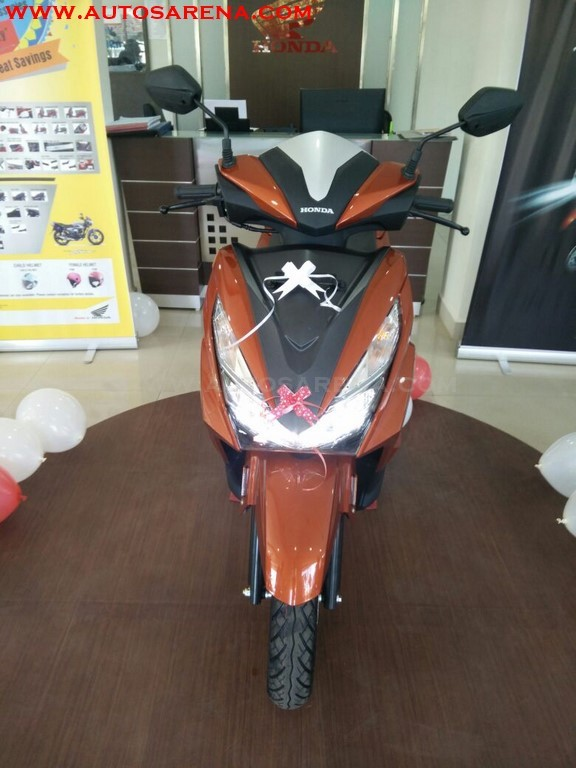 Honda Grazia Colors And Image Gallery