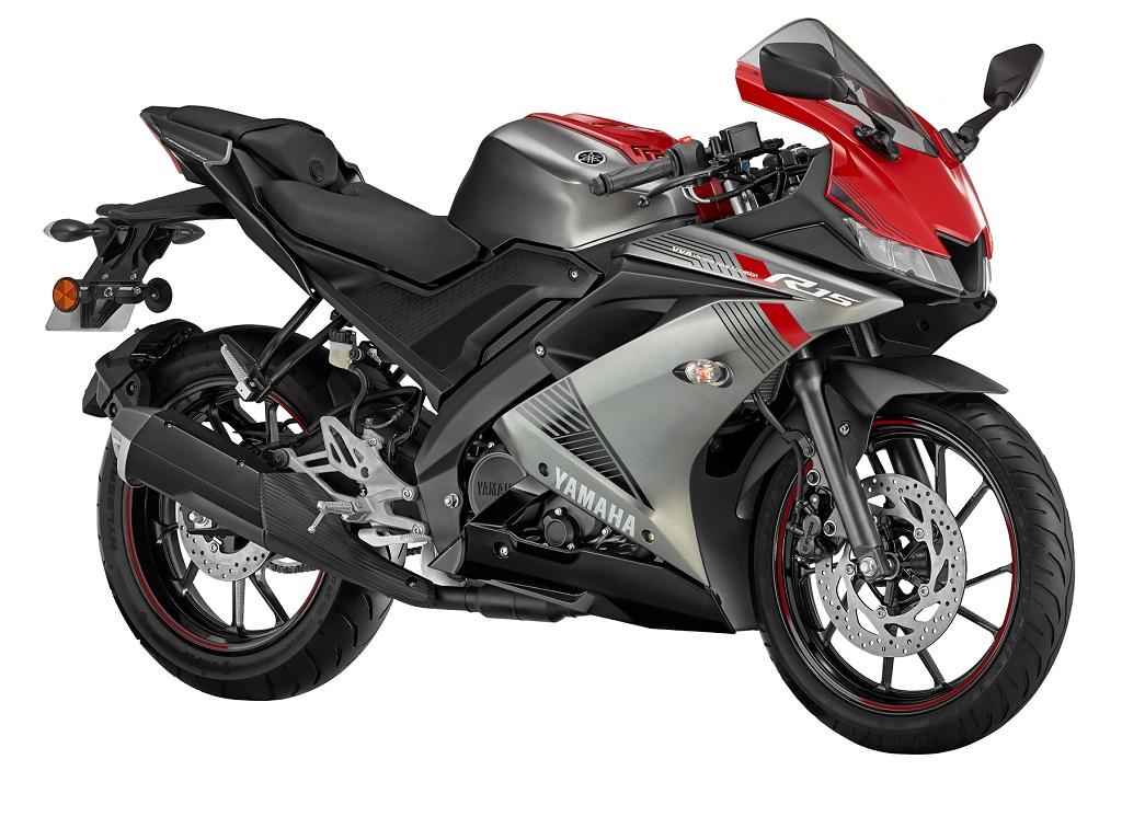 Yamaha R15_1