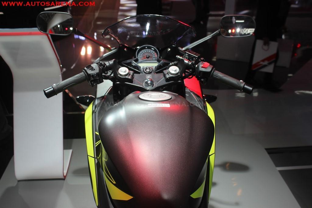 Honda 2018 CBR 250R (14)