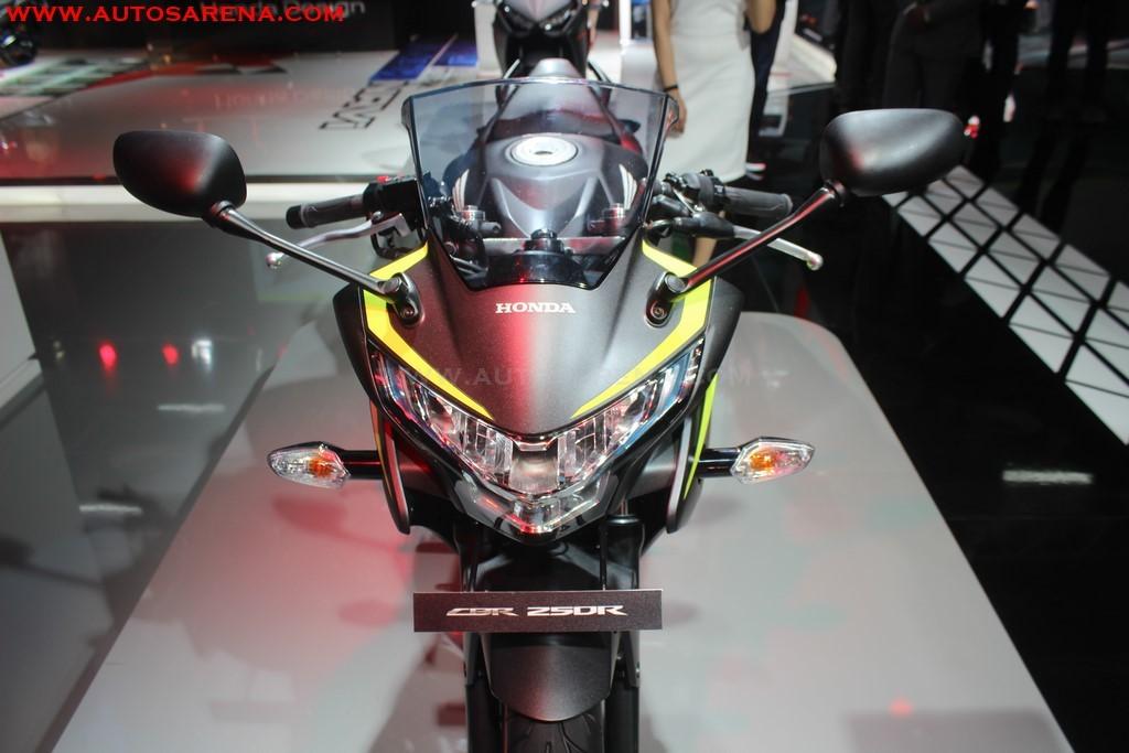 Honda 2018 CBR 250R (4)