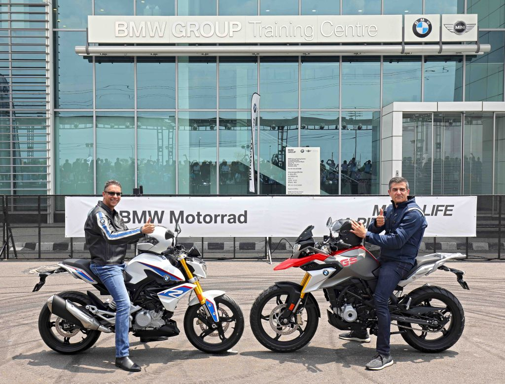 the all new bmw g 310 r and bmw g 310 gs launched in india. Black Bedroom Furniture Sets. Home Design Ideas
